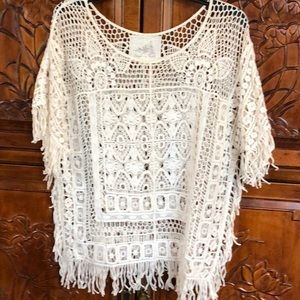 Angel of the North Lace Top 💕
